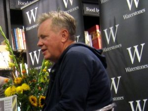 An Evening with BERNARD SUMNER01