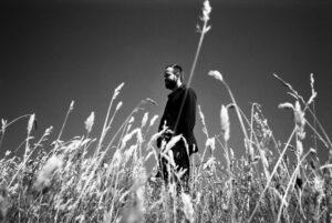 35mm-ulrich-schnauss-photoshoot-38_bw